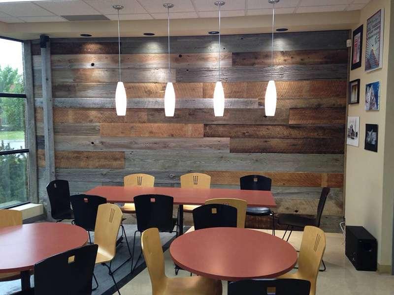 Proyecto Restaurante - Interior en madera